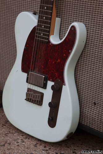guitarra electrica fender telecaster squier + emg custom