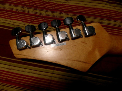 guitarra eléctrica kona 36
