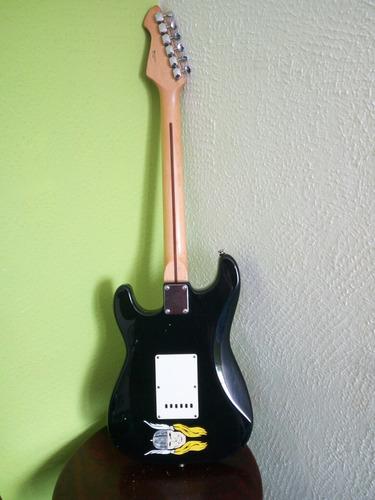 guitarra eléctrica marca hohner rockwood pro!!!!!