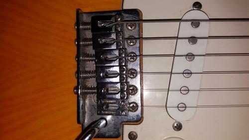 guitarra eléctrica mcart