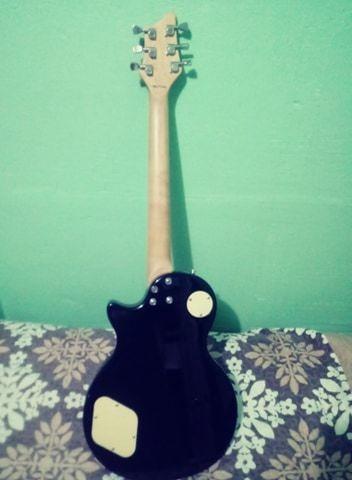 guitarra electrica palmer,con estuche y faja