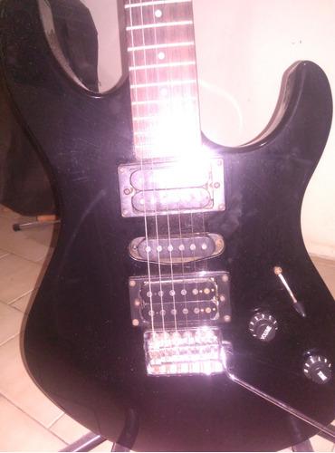 guitarra electrica yamaha con amplificador y accesorios