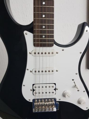 guitarra eléctrica yamaha eg 112 con amplificador yamahayb15