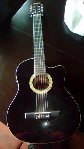 guitarra electroacustica scorpion con amplificador