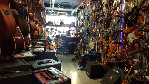 guitarra fender kurt cobain mustang signature cuotas