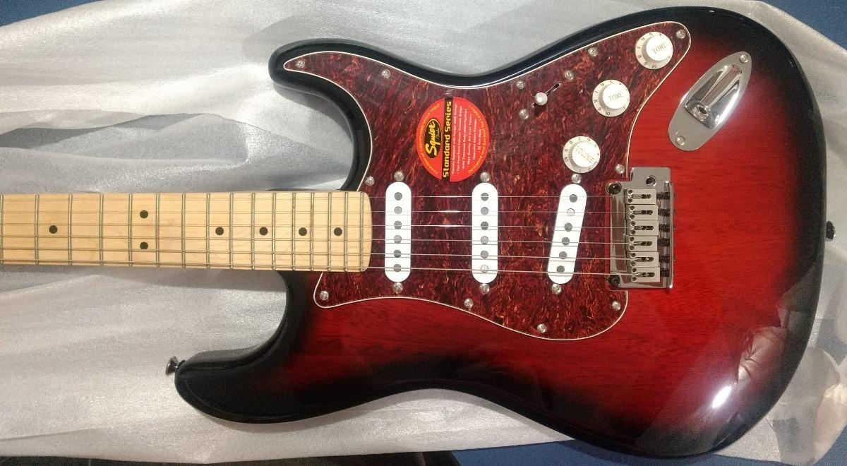 Guitarra Fender Squier Standard Stratocaster Antique Burst R Carregando Zoom
