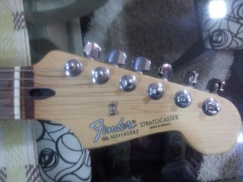 guitarra fender stratocaster vendo o cambio