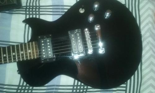 guitarra ibanez e pedais