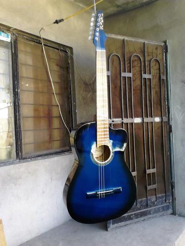 guitarra rockera acustica y normal acustica