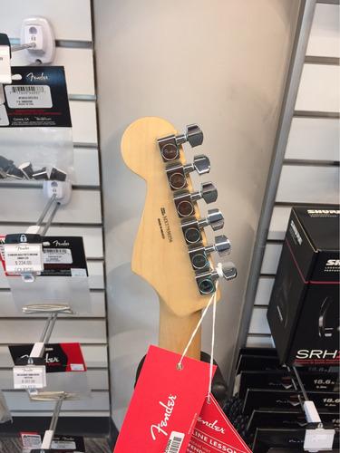 guitarra standard stratocaster® sunburst fender