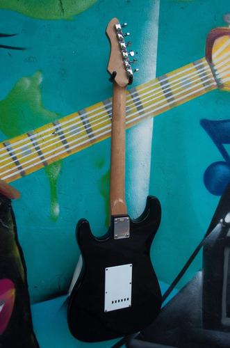 guitarra strato honer rockw series permuto
