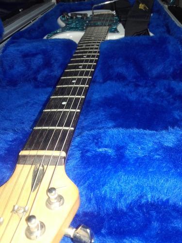 guitarra stratocaster-squaire indonesia