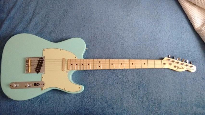 Guitarra telecaster de luthier com logo fender r for Guitarras de luthier