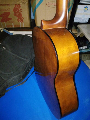 guitarra yamaha c40 + afinador electronico + estuche