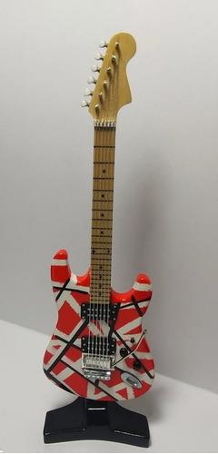 guitarras eléctricas en miniatura