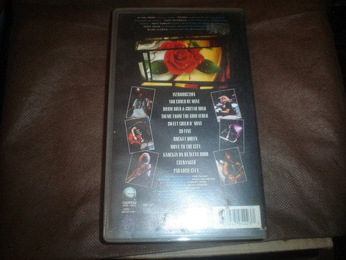 guns n' roses - vhs use your illusion ii - video
