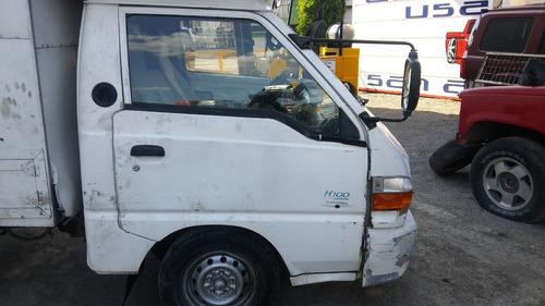 h-100 2003 hyundai accidentada................yonkes