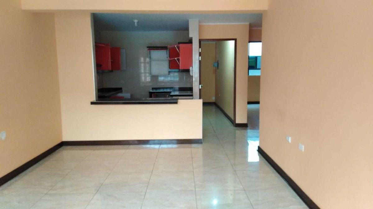 habitación amplia, segura iluminada  cerca plaza san miguel