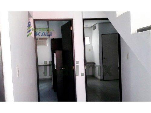 habitacion amueblada en renta col. miguel alemán tuxpan veracruz, se encuentra ubicada en la calle 2da de allende # 55 de la colonia miguel alemán, cuenta con 1 baño, frigobar, aire acondicionado, ve
