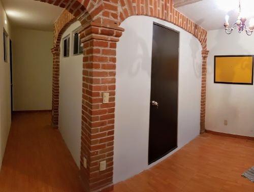 habitación amueblada, ideal para estudiantes