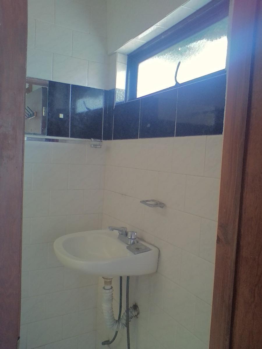 habitación con baño independiente cerca perisur