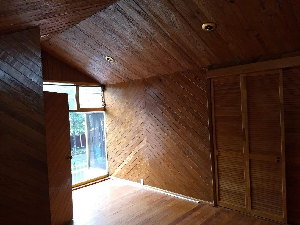 habitación en amplia residencia