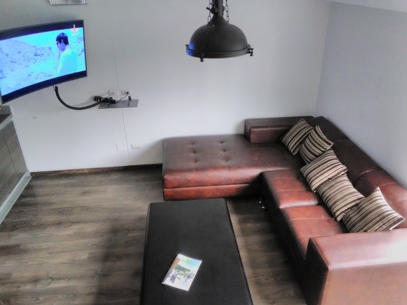 habitación en un hermoso duplex / room in a beautiful duplex