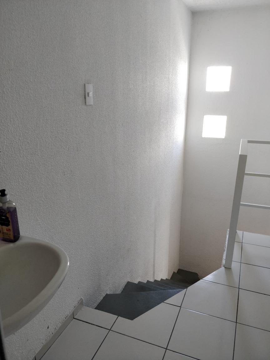 habitacion para roomie mujer estudiante o profesionista