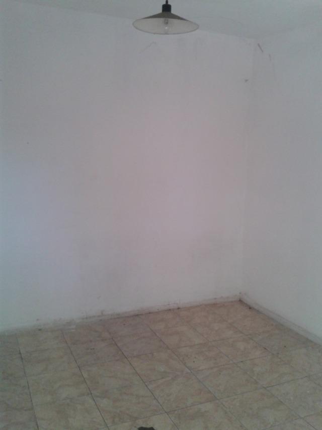 habitación para un adulto, berazategui oeste, alquiler.