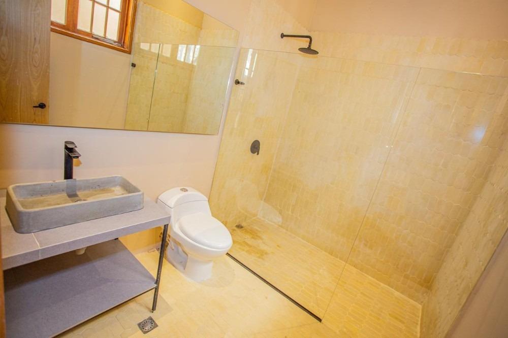 habitación privada doble con baño en maravilloso coliving