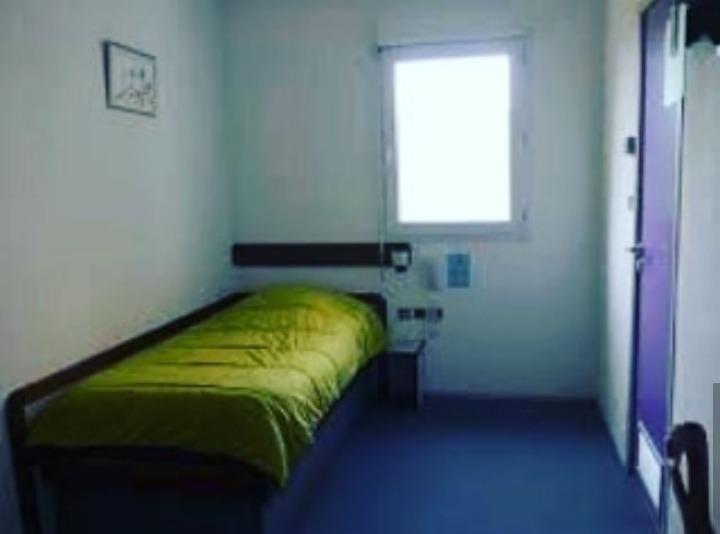 habitación single por mes