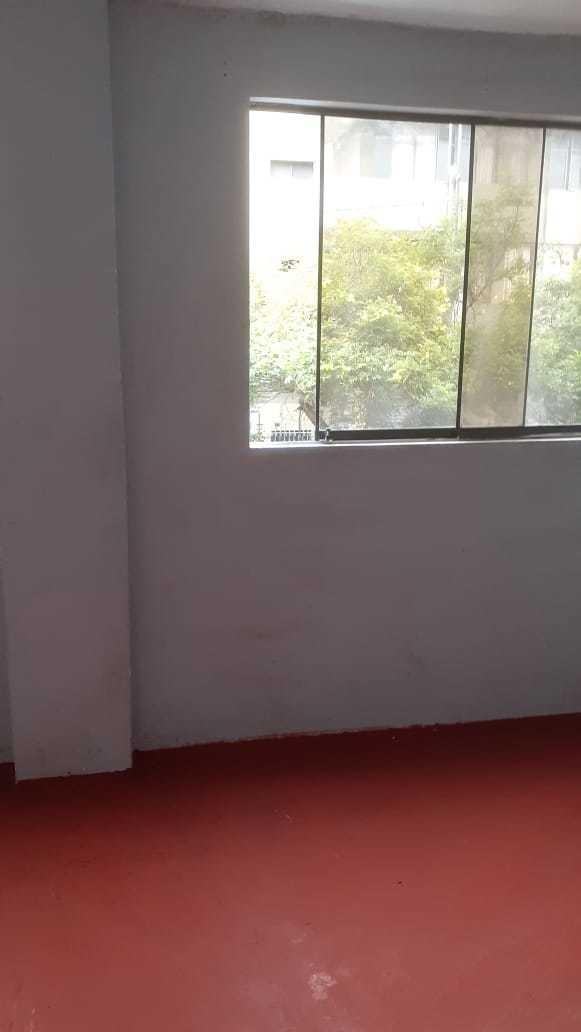 habitaciones c/baño y entrad  indep.  escalera caracol lince