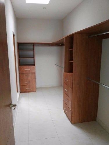 hacienda juriquilla, alberca, 3 recámaras, estudio, privada