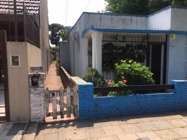 haedo sur p.h 3 ambientes con patio a modernizar