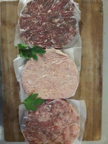 hamburguesas caseras 140g carne + pan casero.