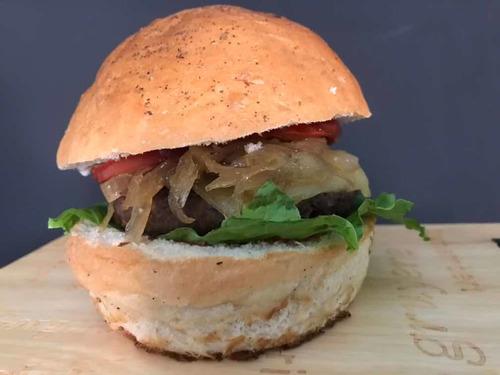 hamburguesas gourmet con pan 100% artesanal , hecho en casa
