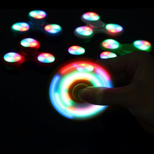 hand spinner con luz led fidget antiestrés stock 50 unidades