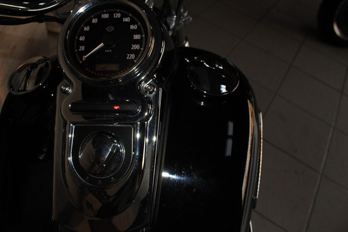 harley davidson dyna super glide custom moto novíssima