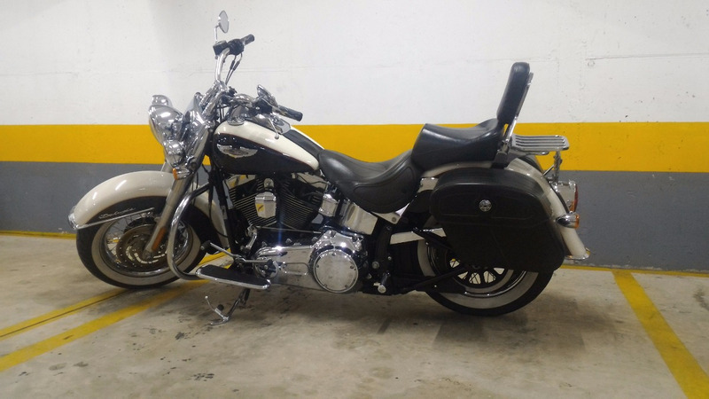 harley-davidson - softail deluxe -2011