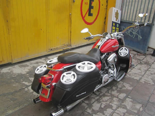harley  road king custom 2004