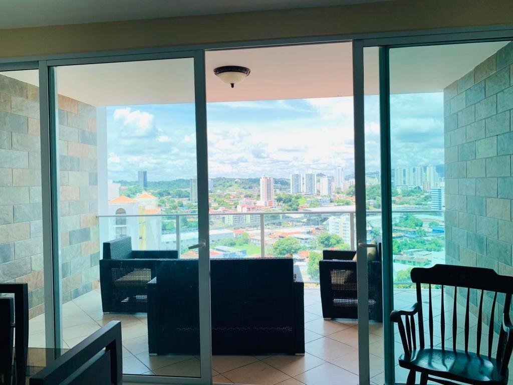 hato pintado amplio apartamento en alquiler panamá