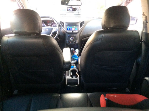hb20 hatch automático 1.6 confort style 2014 + couro e som