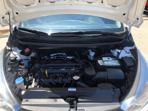 hb20s 2014 premium 1.6 58000km. manual.