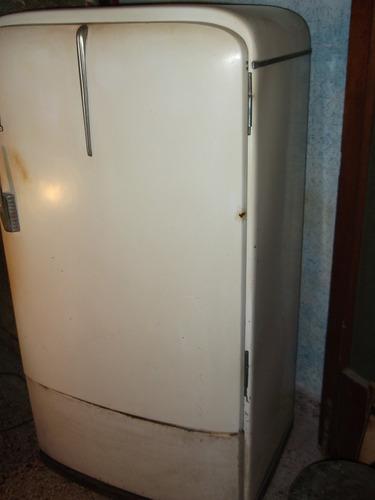heladera antigua  frigidaire no envío.