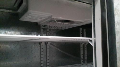 heladera mostrador bajo mesada 2.40 inyectado , 4 puertas