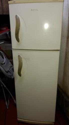 heladera patrick con freezer, usada