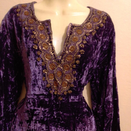 helen welsh, blusa terciopelo c/lentejuelas dark gotica