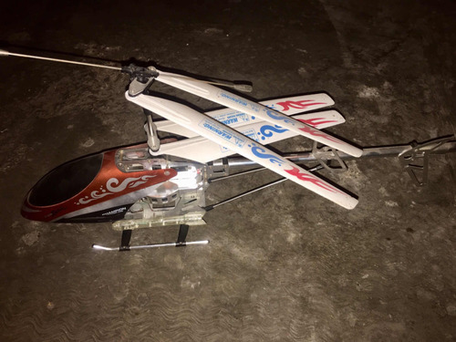 helicóptero a control remoto