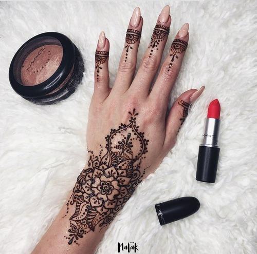 henna negra en tubo 100% orgánica para tatuajes temporales