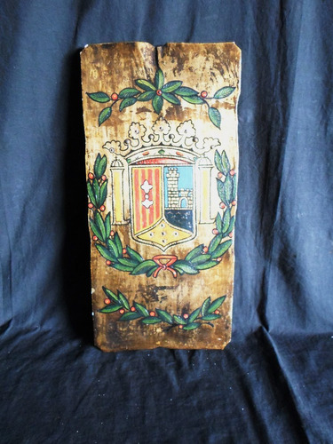 heraldica antigua placa escudo de armas en madera estucada